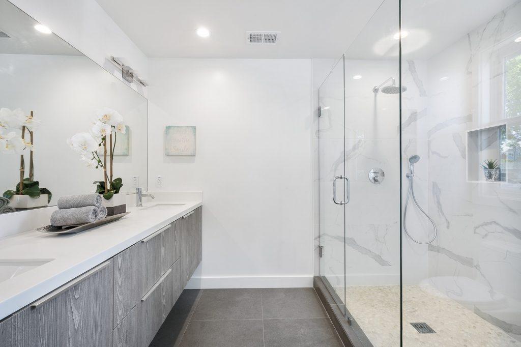осветителни тела за баня