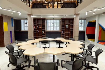 Пример за модерно работно пространство са Coworking-офисите за съвместна работа.