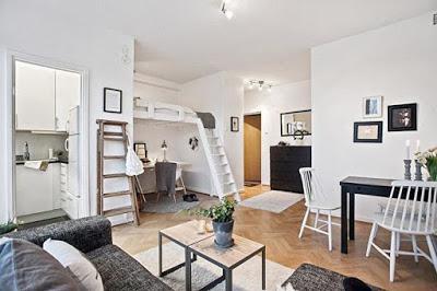 Интериорният дизайн на апартамент е сложен пакет от документи с различни оформления на жилищните помещения, диаграми, 3D визуализация или илюстрации.